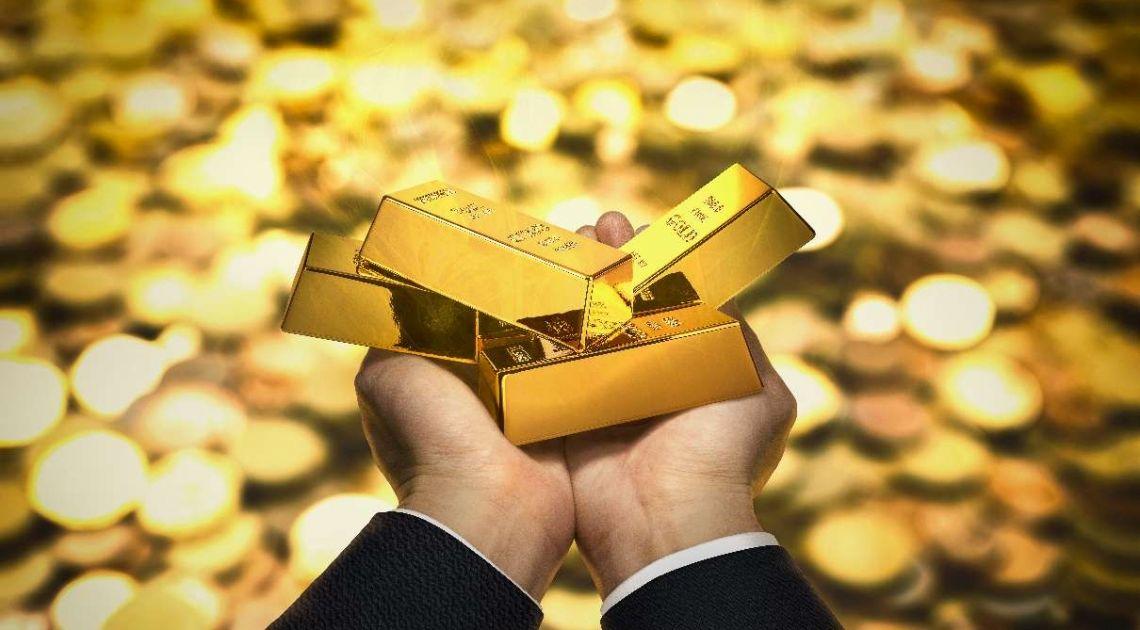 Kurs złota. Dlaczego GOLD mocno tąpnęło? Analiza wykresu złotego kruszcu - akcja i reakcja