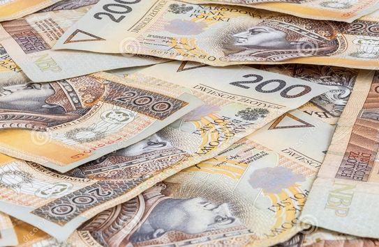 Kursy walut (euro, dolara, funta i franka) o poranku - piątek 14 grudnia 2018