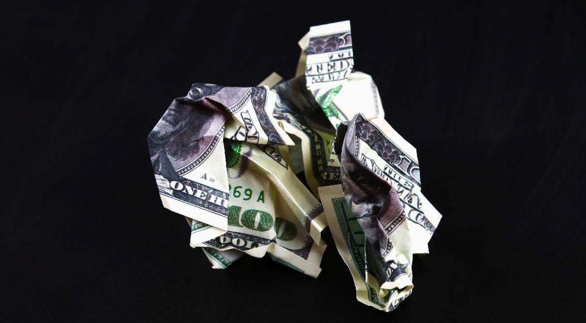 Kursy walut. Ile będzie wart dolar (USD), funt (GBP) i złoty (PLN) według Goldman Sachs w najbliższych miesiącach? – komentuje analityk TeleTrade Bartłomiej Chomka