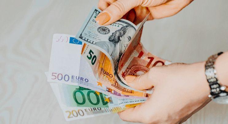 kurs euro kurs dolara kurs funta kurs franka kurs korony czeskiej kurs złotego