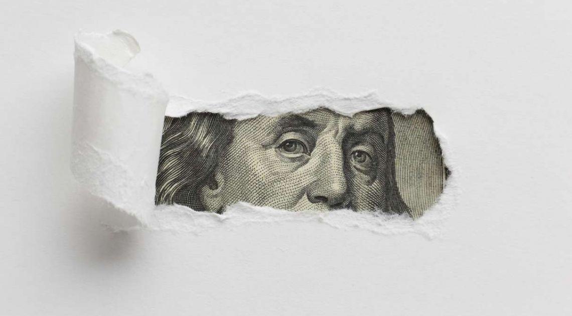 Kursy walut o poranku na FX (euro, dolar, frank, funt). Lekkie umocnienie PLN na początku roku