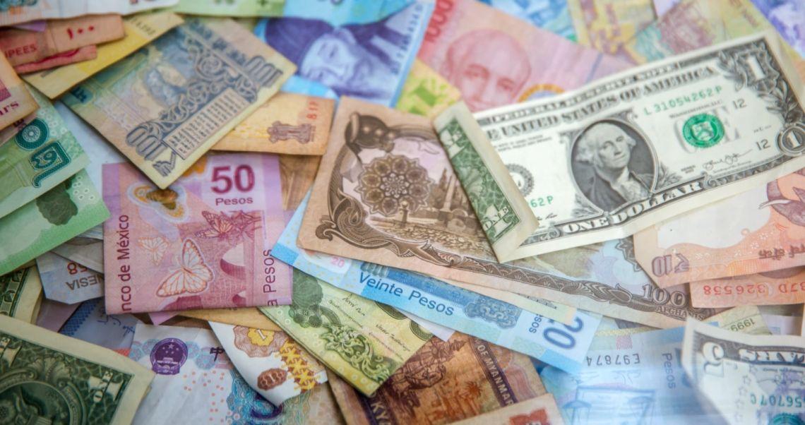 Kursy walut w nowym tygodniu! Dolar (USD), frank (CHF), euro (EUR), funt (GBP) na rynku Forex