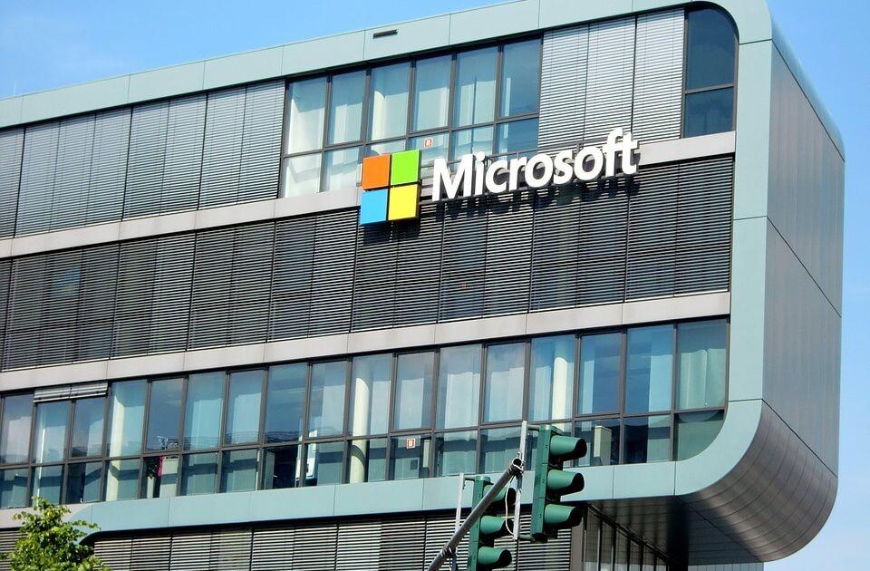Aktualizacja Windows 10 - Jak reagują na to akcje Microsoft na Nasdaq?