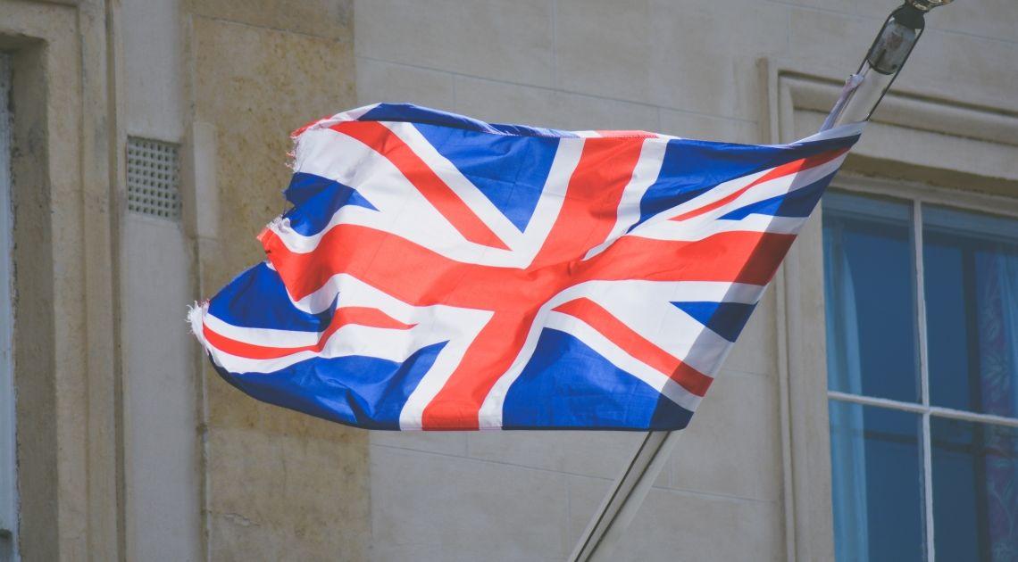 Nadal gorąco będzie na rynku funta brytyjskiego. W oczekiwaniu na decyzje Wielkiej Brytanii