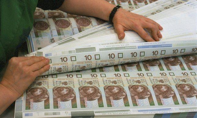 NBP rozpoczyna drukowanie na potęgę - wykreowane pieniądze ochronią Polskę przed kryzysem?