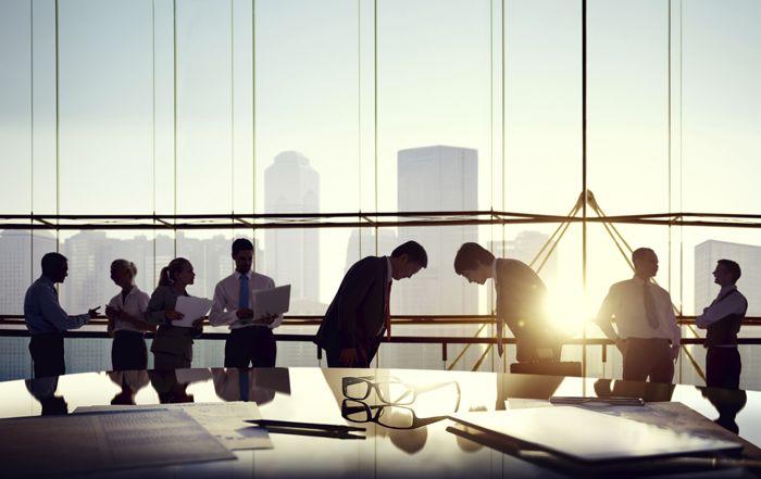 analityk, szkoleniowiec i trader na rynku walutowym forex stopy procentowe