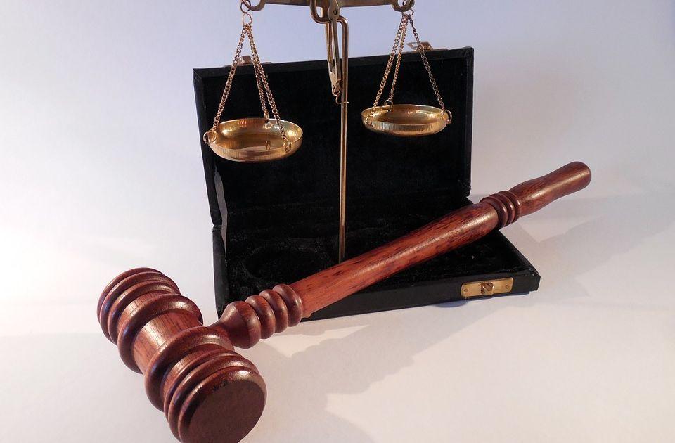 Petrolinvest popadł w problemy sądowe w zwiazku z wnioskiem o upadłość Spółki