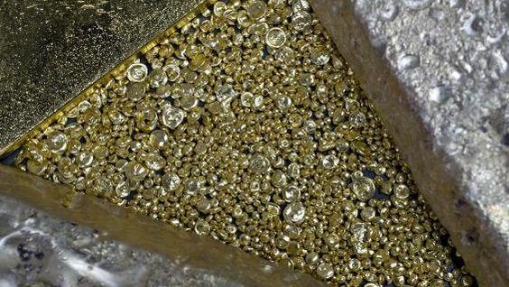 Platyna i złoto - WYKRES TYGODNIA: Względna słabość platyny w relacji do złota