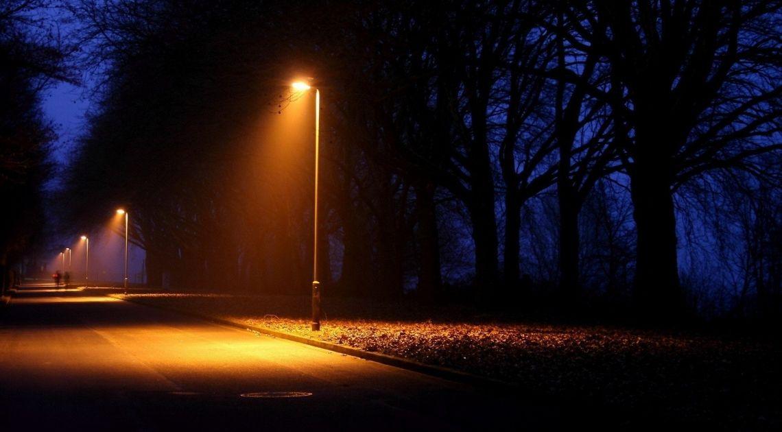 Pod latarnią najciemniej - KNF skupia się na kryptowalutach, a pod jej nosem wybucha afera z GetBack