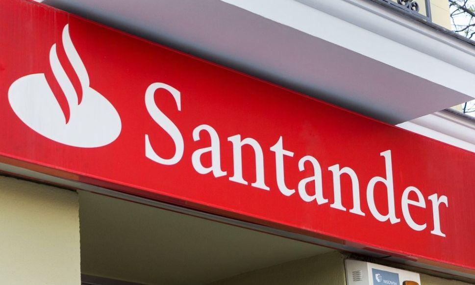 poMOC jest w nas. Santander Bank Polska przekazał pomoc ośrodkom onkologii dziecięcej