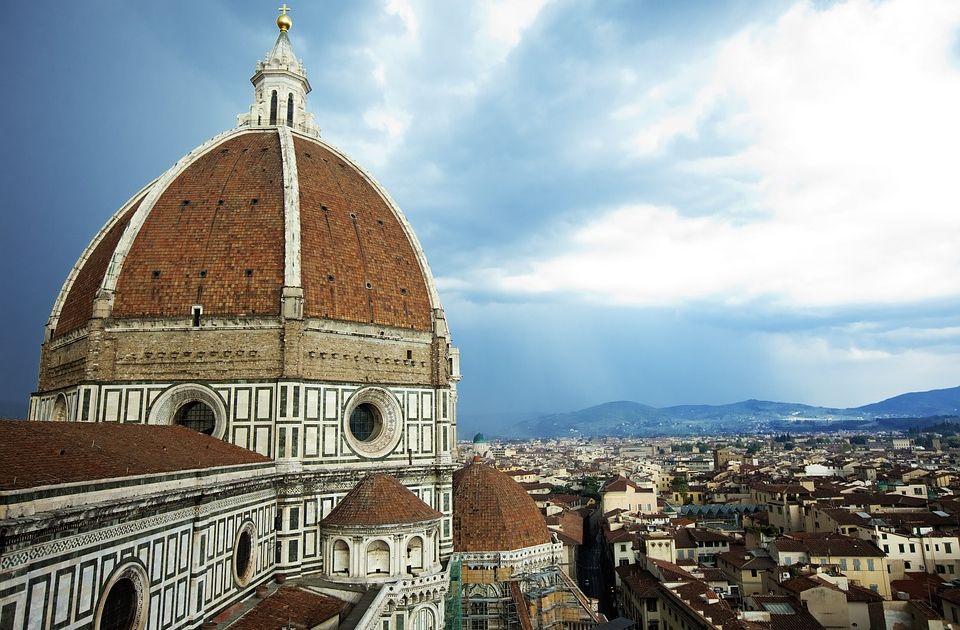 Przemówienie May we Florencji