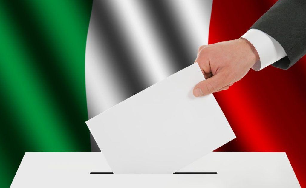 Ponad połowa Włochów poparła populistów. Co dalej?