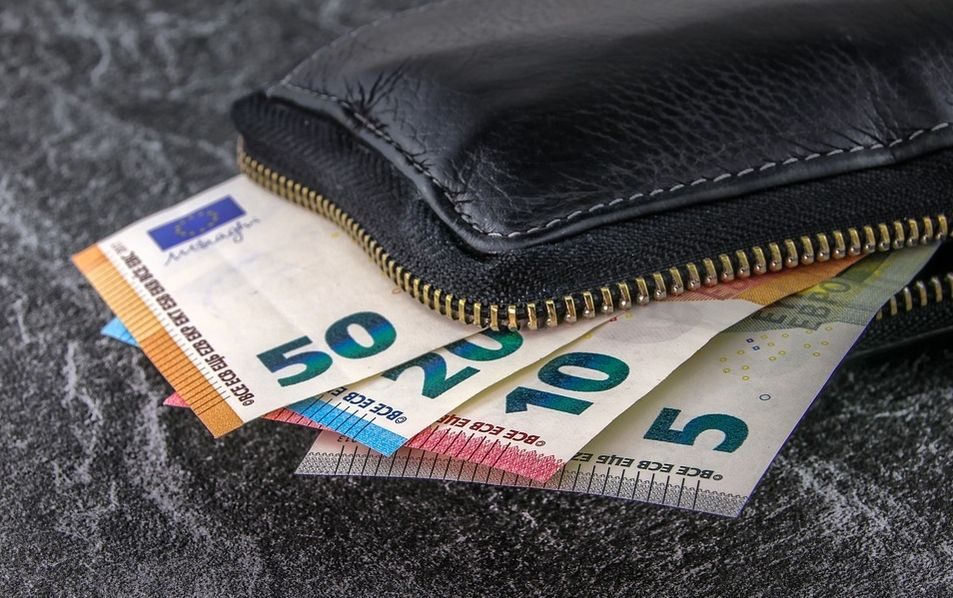 Kurs euro EUR/PLN zmierza do zamknięcia tygodnia i miesiąca przy 4,29 złotego. Poranek na rynkach: 31.05.2019