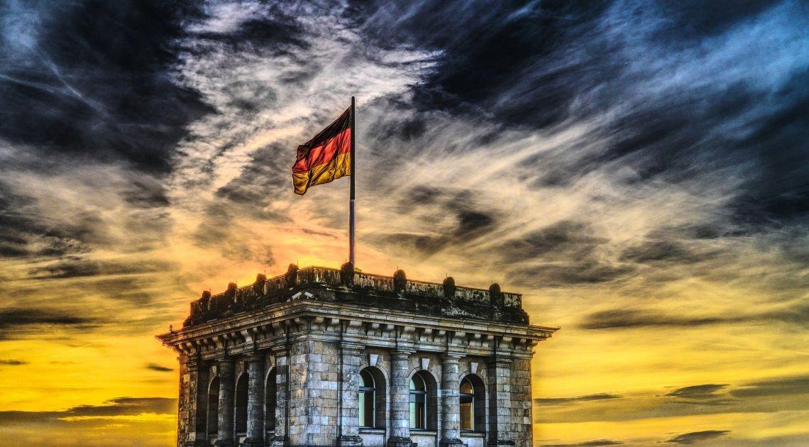Poznaliśmy znacznie lepsze od oczekiwań dane na temat produkcji przemysłowej oraz bilansu handlowego Niemiec. Jak wpływają na kurs euro (EUR/USD)