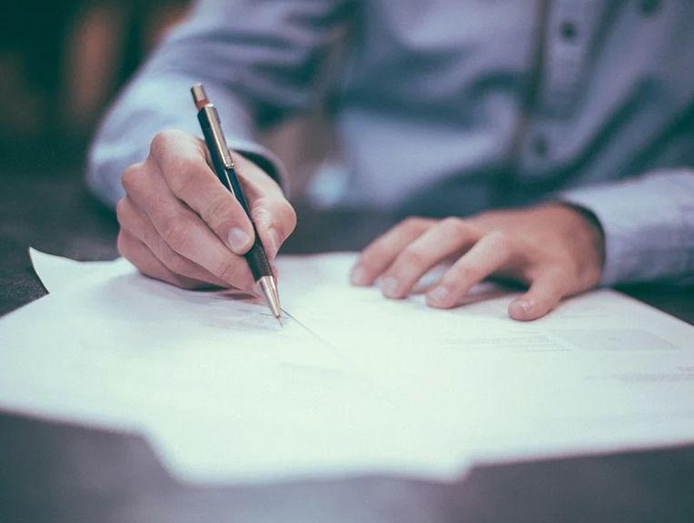 Rezygnacja z PPK. Czy warto wypisać się z Pracowniczych Planów Kapitałowych? Jak zrobić to skutecznie? Deklaracja, konsekwencje, ryzyko