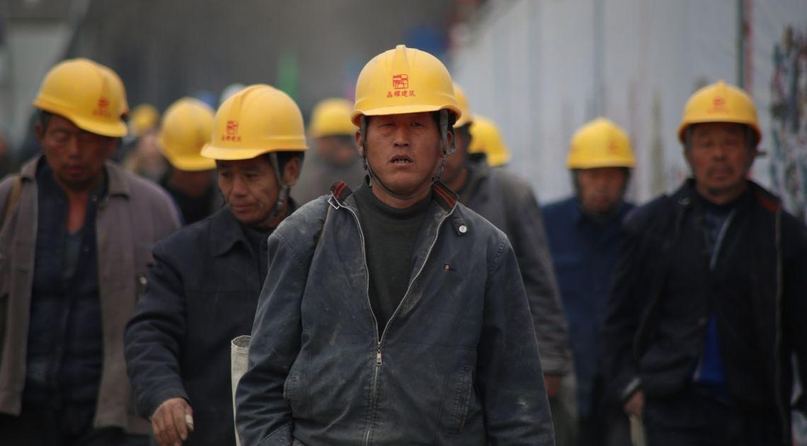 Produkcja przemysłowa, stopa bezrobocia oraz inwestycje w Chinach- czy druga gospodarka świata już wyszła już z kryzysu?