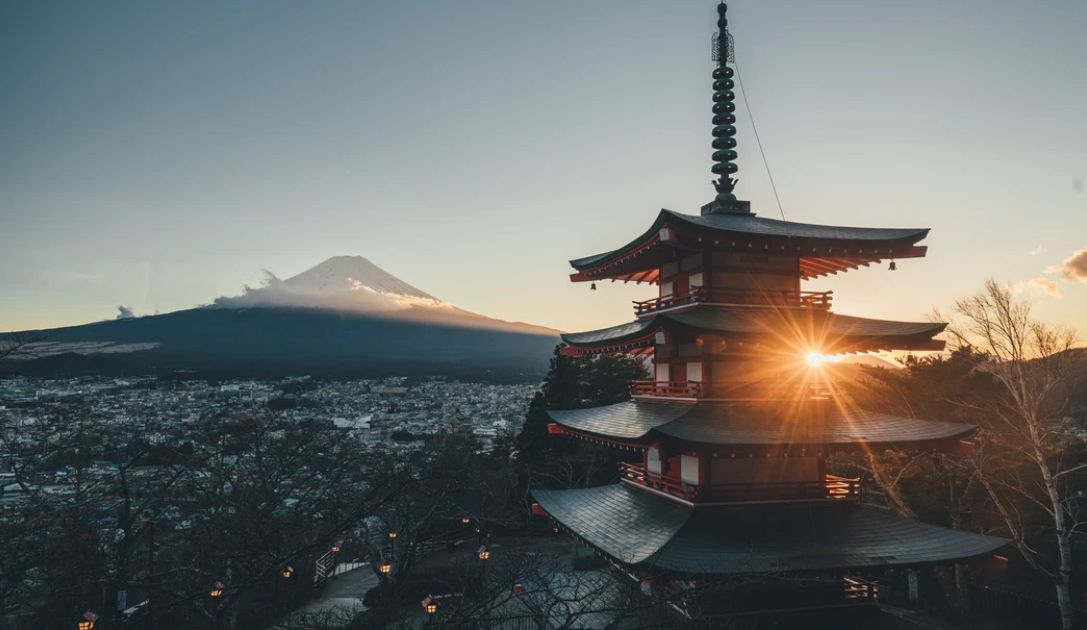 Przełamanie na kursie dolara do jena. Zrelaksowany Fed pomaga wzrostom na amerykańskich giełdach