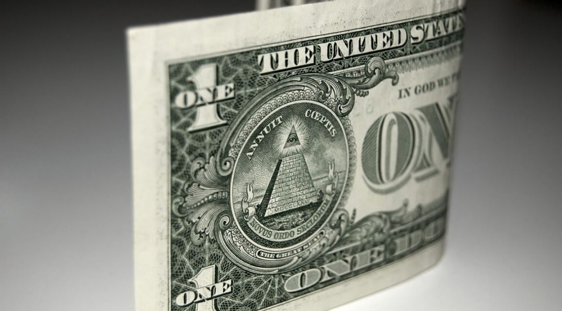 Rajd dolara amerykańskiego. Czy rezerwy złota przejdą pod nadzór rządu?