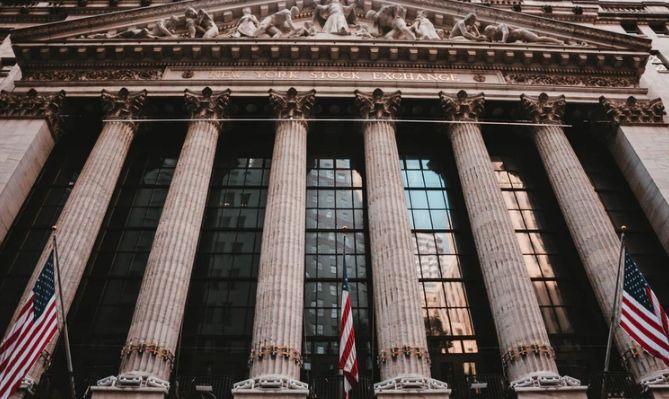 Rekordowy dzień na Wall Street. USA w szampańskich nastrojach. Indeks S&P500 po raz pierwszy w historii przekroczył poziom 3000 pkt