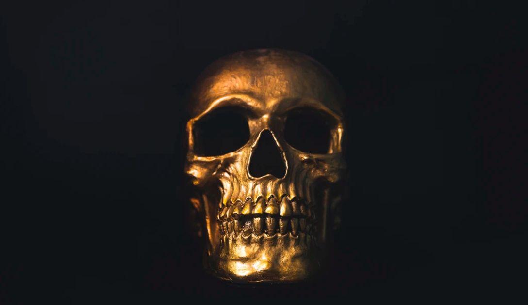 Śmierć zajrzała w oczy inwestorom! Kursy euro, dolara, franka i funta wobec złotego. Nadchodzi globalna recesja