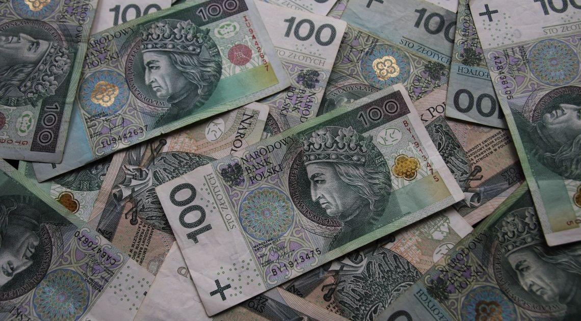 Sprawdzamy kurs dolara, euro, funta i franka, po publikacji wskaźnika CPI w Polsce
