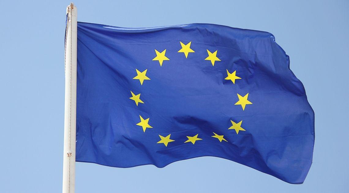 Sprawdzamy zachowanie kursu EUR/USD po publikacji wskaźników PMI dla usług i przemysłu ze Strefy Euro