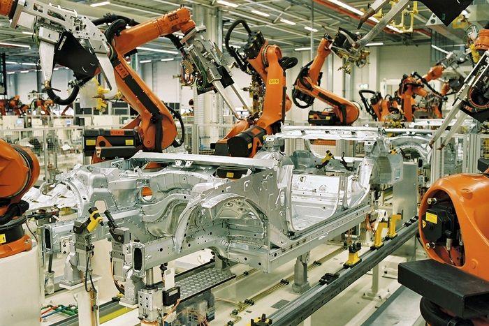 Strefa euro - dobre dane o produkcji przemysłowej
