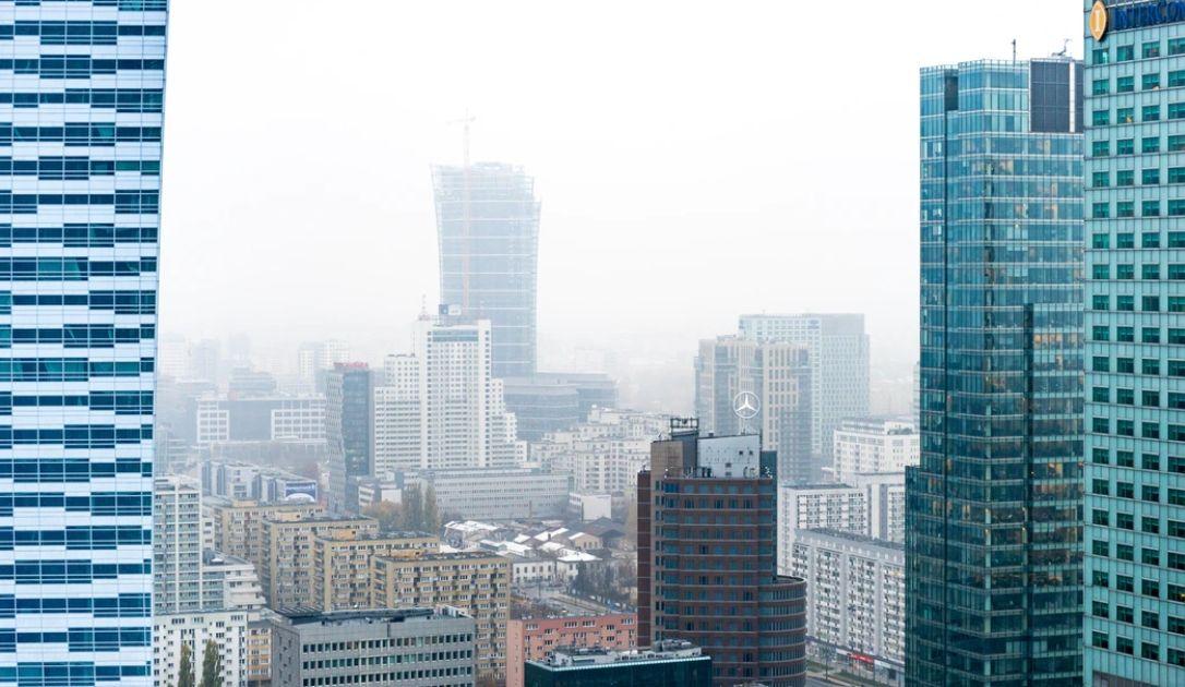 Sytuacja na rynku akcji. Co z indeksem WIG20? Warszawa jest postrzegana mocno spekulacyjnie