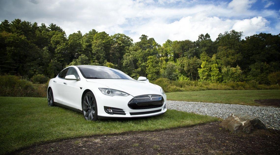 Tesla- od dzisiaj promocja na akcjach motoryzacyjnego giganta. Czy cena spadnie o 80% ?