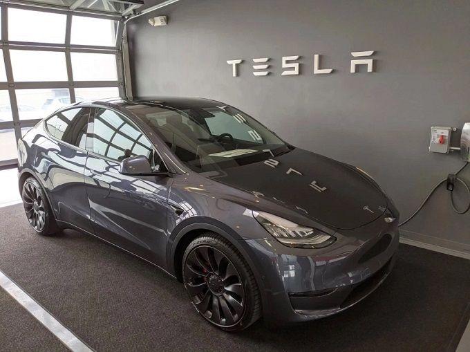 Tesla prezentuje wyniki finansowe za IV kwartał 2020 r. Analitycy spodziewali się większego zysku
