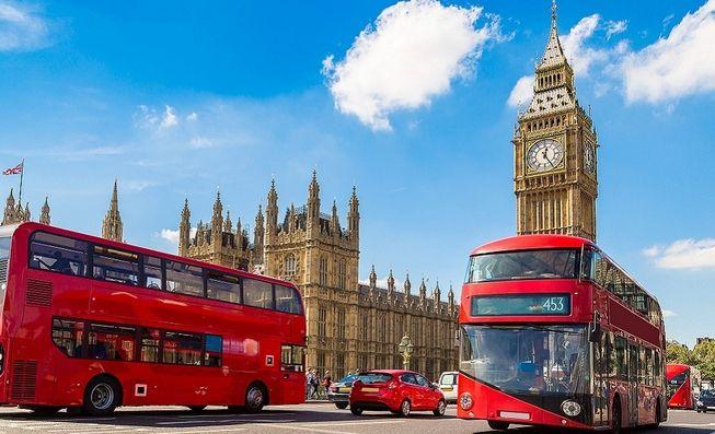 To dobre porozumienie dla Wielkiej Brytanii - twierdzi Premier May. Kurs funta odbija w górę