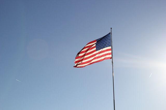 USA - słabe budownictwo, silny przemysł