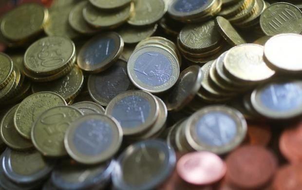 Ważny dzień dla kursów walut - jak poradzi sobie euro, funt i dolar australijski?