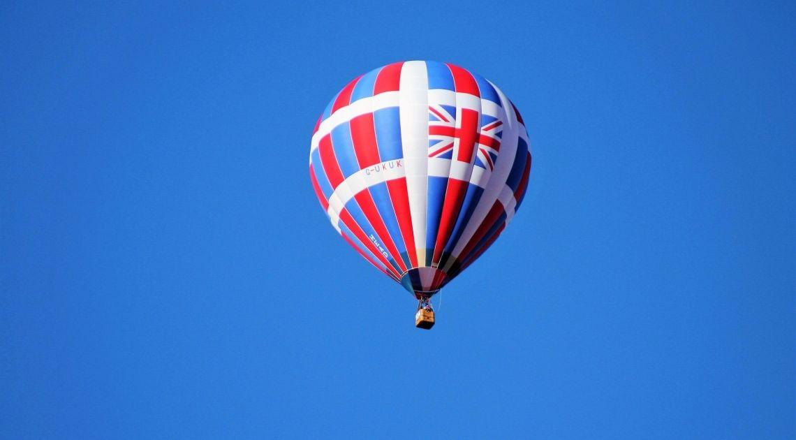Wielka Brytania - taka wielka, a radzi sobie kiepsko. Kurs funta GBP/USD spada