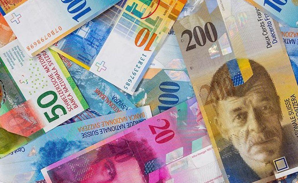 Wrócił popyt na franka i jena. Zmienność na kursie euro (EUR)? Wahania nastrojów