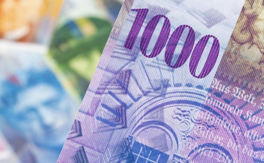 """Wyrok TSUE już w czwartek. O co w nim chodzi i czy rzeczywiście może """"zatopić"""" polskie banki?"""