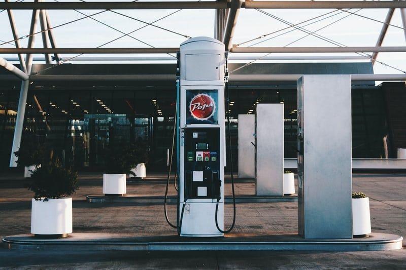 Wzrost ceny ropy naftowej pomaga dźwigać się giełdzie!