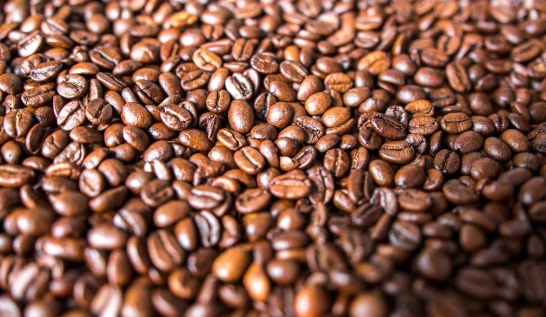 Zagrożenie kolejnym istotnym spadkiem popytu na ropę. Tąpnięcie notowań kawy arabica w USA