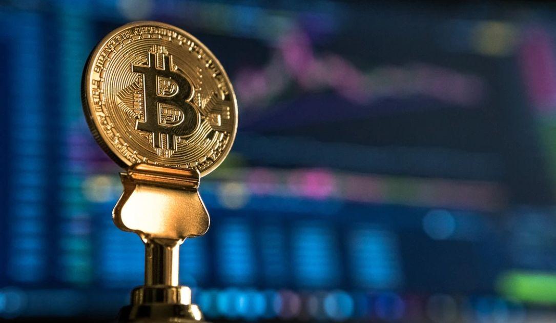 Zagrożenie pogłębienia spadków na Bitcoinie rośnie