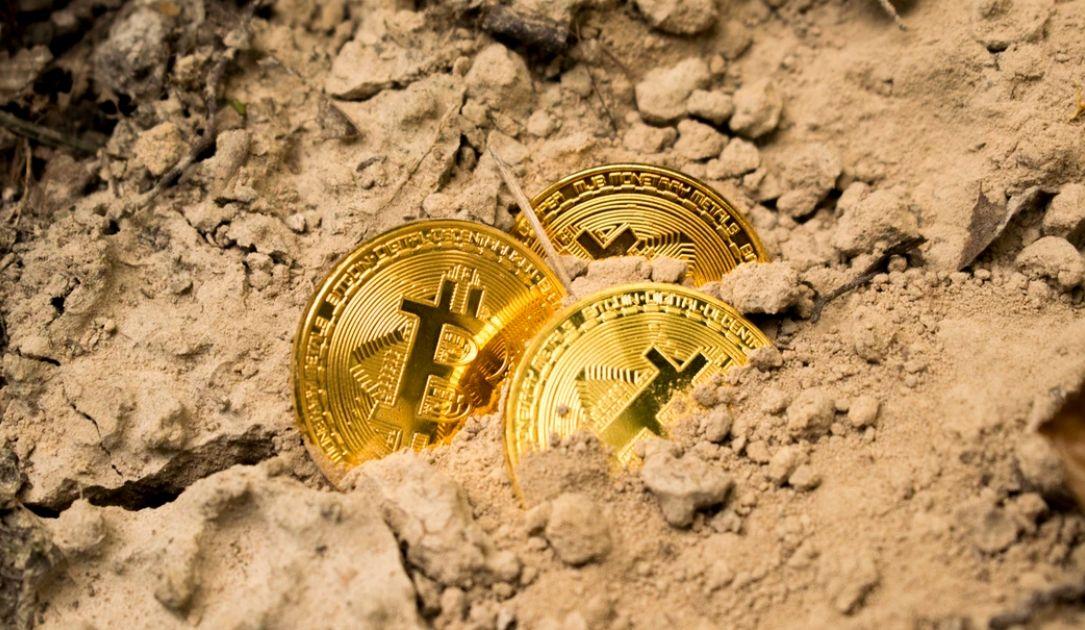 Zagrożenie spadkami na kursie bitcoina (BTC) coraz większe