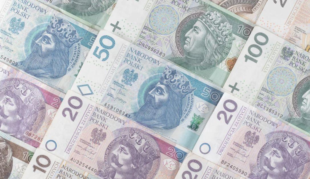 Złoty stabilny pomimo słabych danych z Polski. FED spodziewa się powtórki. Indeksy koniunktury w Europie