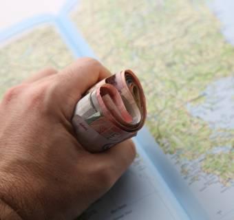 Alior Bank z kontrolą KNF i potencjalnymi nadużyciami przy udzielaniu dużych kredytów korporacyjnych. Kurs mocno spada
