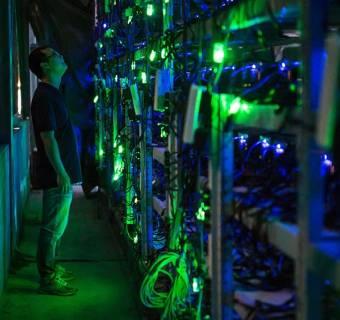 Bitcoin niszczy środowisko, wg naukowca konieczne jest ograniczenie poboru energii