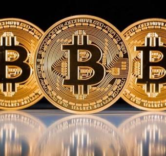 Bitcoin w górę - BlackRock zainwestuje w kryptowaluty