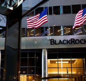 BlackRock coraz bardziej zdobywa portfele inwestorów