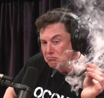 Elon Musk największym ryzykiem dla Tesli? Prezes steruje inwestorami klawiaturą