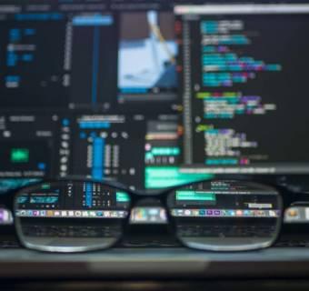 Jak znaleźć najlepszą strategię handlową na rynku Forex?
