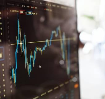 Analiza techniczna odchodzi do lamusa? Wyjaśniamy jak grać na giełdzie wg. Auction Market Theory