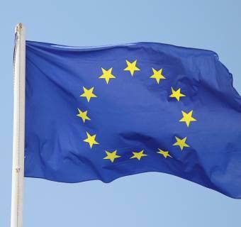 Kurs euro (EUR/USD) zyskuje na wartości. Poznaliśmy dane dotyczące stopy bezrobocia i wskaźnika PPI ze Strefy Euro