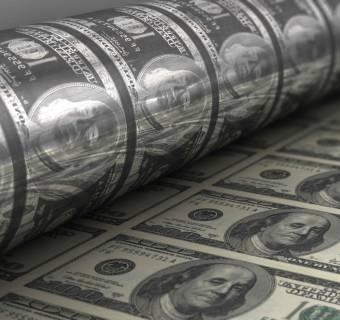 Lepiej drukować pieniądz niż kopać kryptowalutę